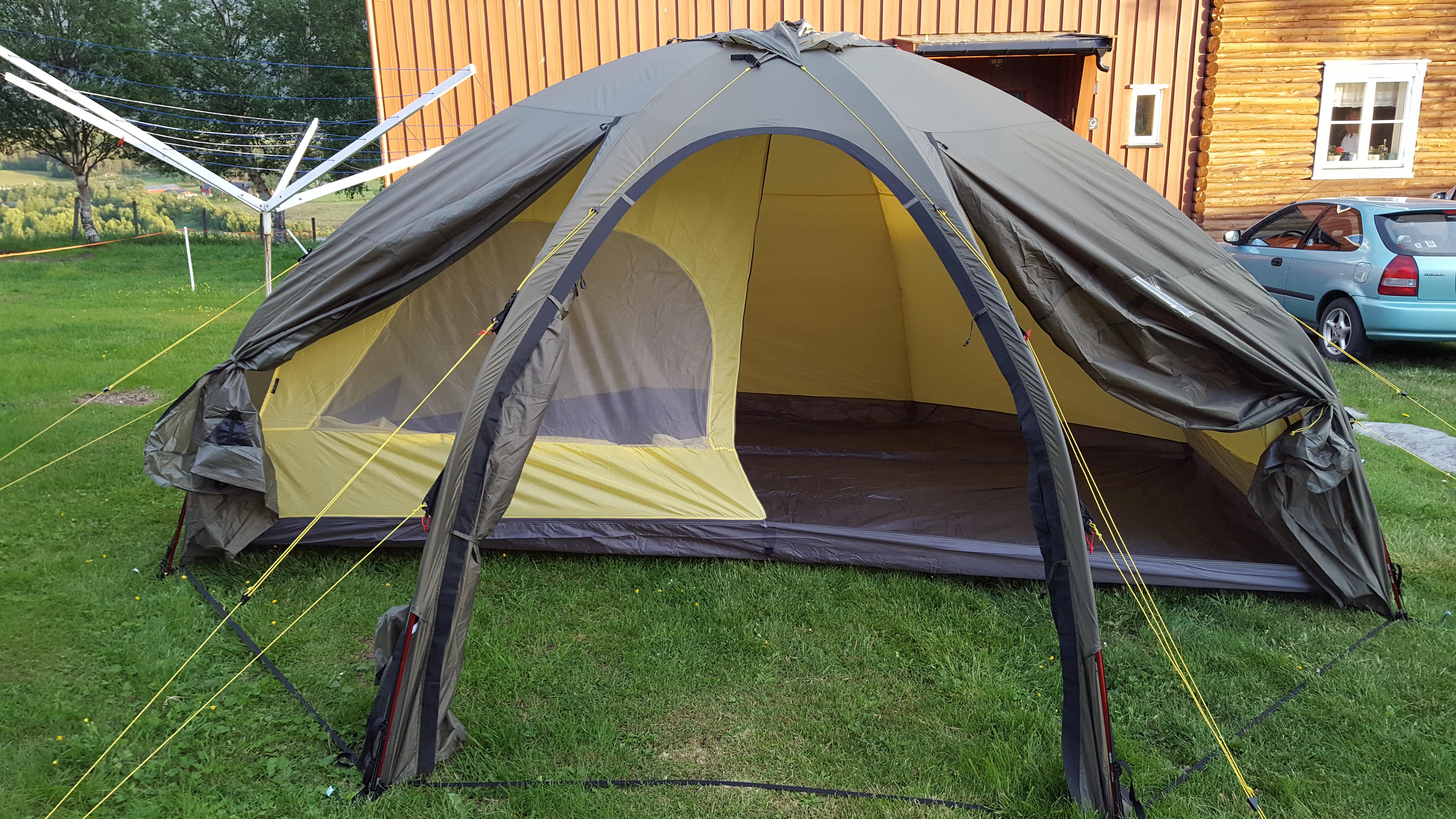Telt: Helsport Varanger Dome 8 10 | BaseCamp Os
